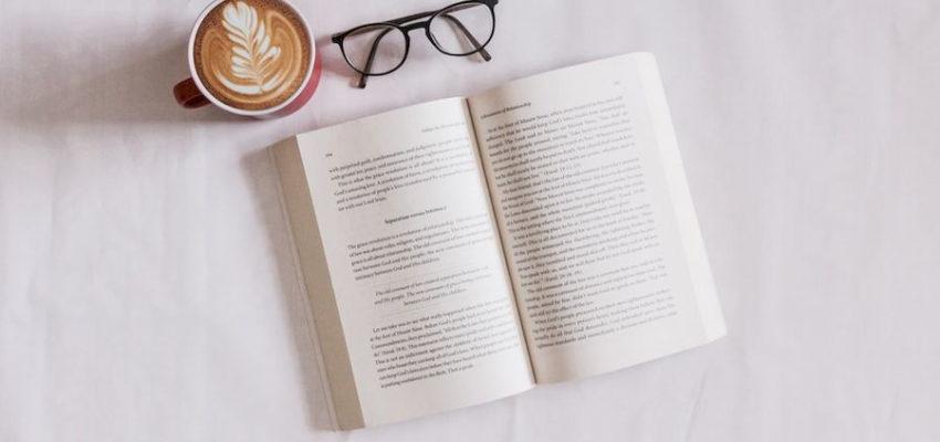 Что читают россияне в 2021 году? И читают ли?
